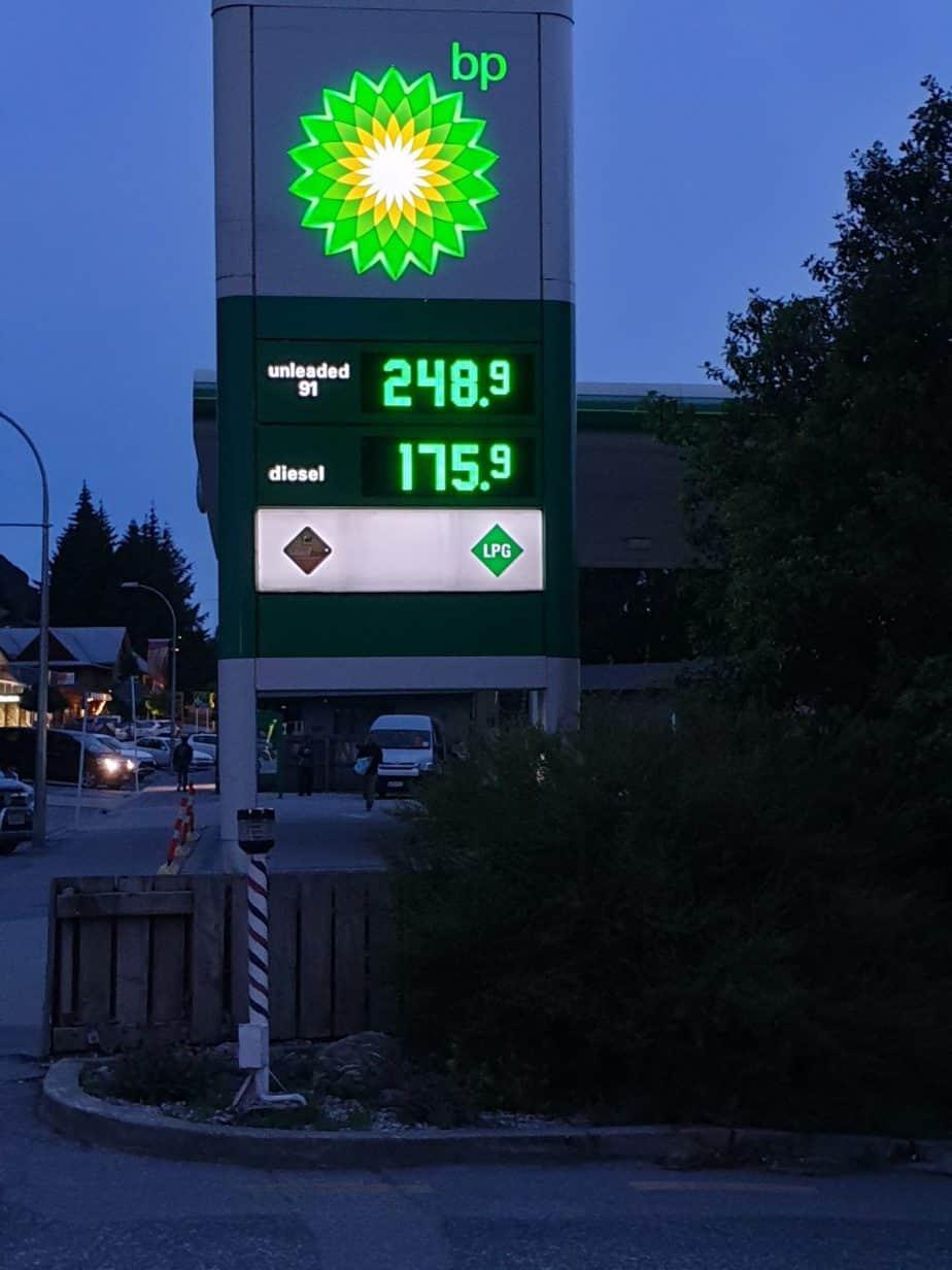 Image of BP petrol price board in New Zealand, December 2019